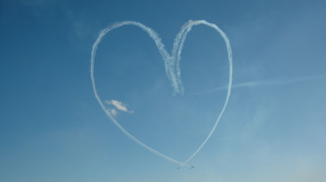 Ska din kärlek resa med KLM på alla hjärtans dag?